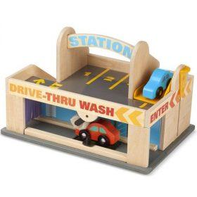 Autók, parkolóházak